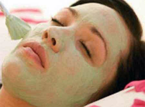 picture How to use multani mitti for dry skin – face packs