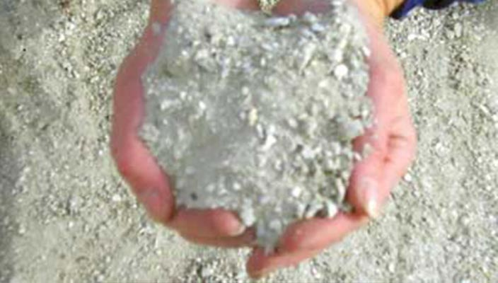 Bentonite Clay Uses for Internal Detox Skin Cleanse Body Wrap