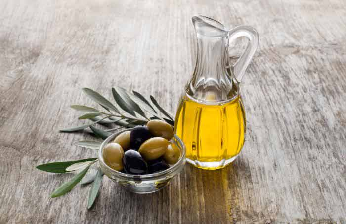 castor  and olive oil for acne scars treatment