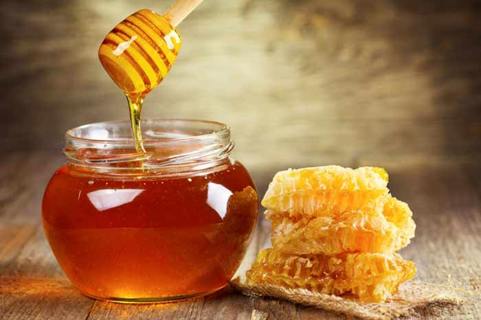 Raw local honey for allergies seasonal dogs and cats